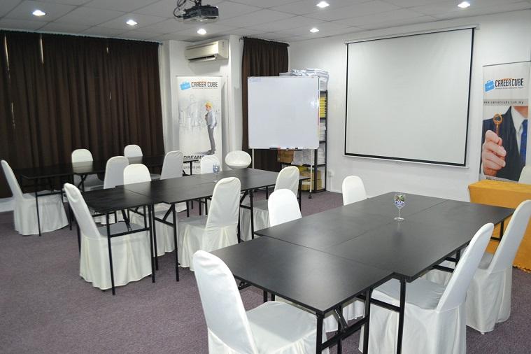 Bilik seminar kluster